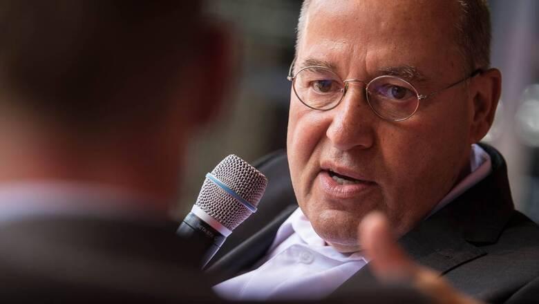 Γκρέγκορ Γκίζι στο CNN Greece: Διαμεσολάβηση δεν σημαίνει ουδετερότητα μεταξύ Ελλάδας και Τουρκίας