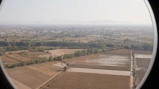 Στρατός και δήμοι κοντά στους πληγέντες της Καρδίτσας: Διανομή φαγητού και ειδών πρώτης ανάγκης