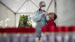 Κορωνοϊός - Γαλλία: Πάνω από 16.000 κρούσματα μέσα σε ένα εικοσιτετράωρο