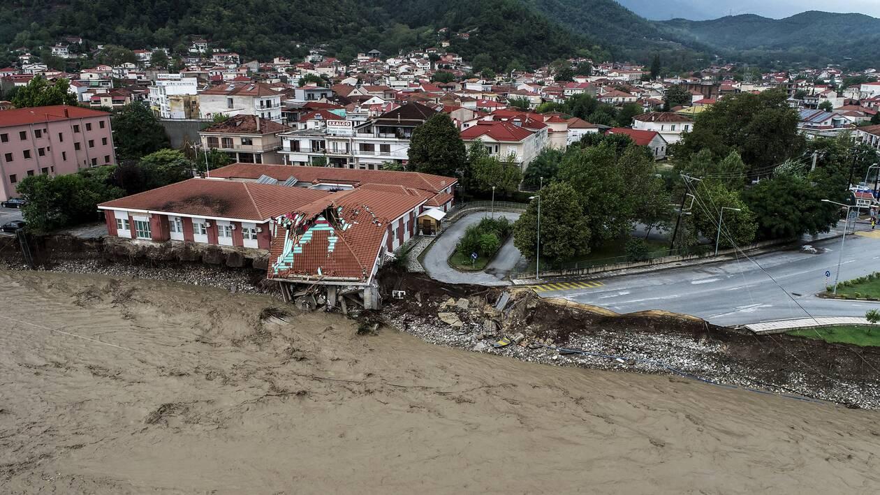https://cdn.cnngreece.gr/media/news/2020/09/25/235768/photos/snapshot/plimires_karsitses-1.jpg