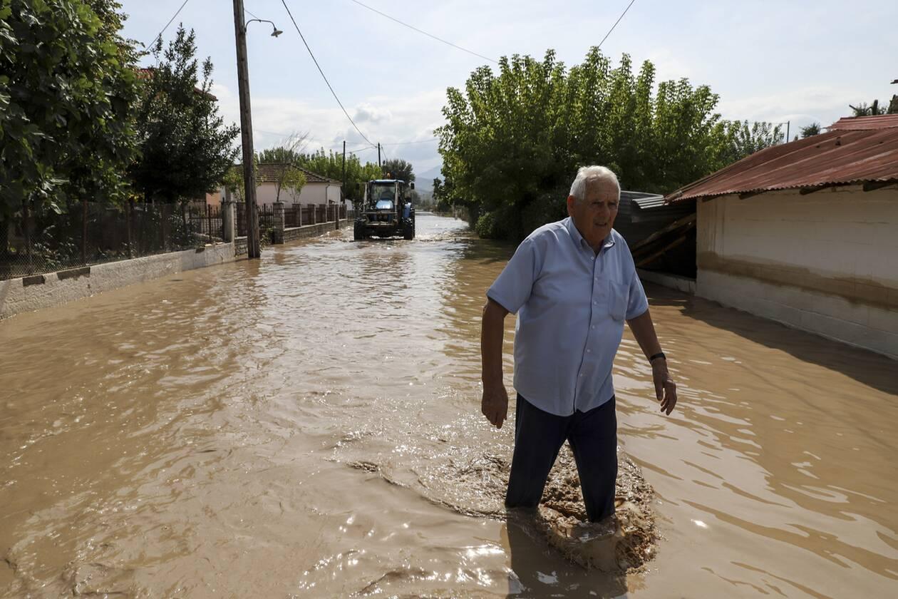 https://cdn.cnngreece.gr/media/news/2020/09/25/235768/photos/snapshot/plimires_karsitses-4.jpg