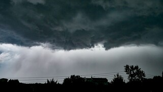 Έκτακτο δελτίο επιδείνωσης καιρού: Έρχονται βροχές, καταιγίδες και θυελλώδεις άνεμοι