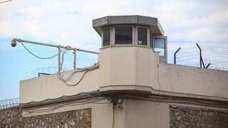 Ναρκωτικά και κινητό τηλέφωνο εντοπίστηκαν στις φυλακές Τρικάλων μετά από έφοδο