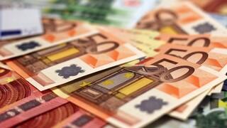 Πρωτογενές έλλειμμα 5,48 δισ. στο 8μηνο – Αντέχουν τα έσοδα
