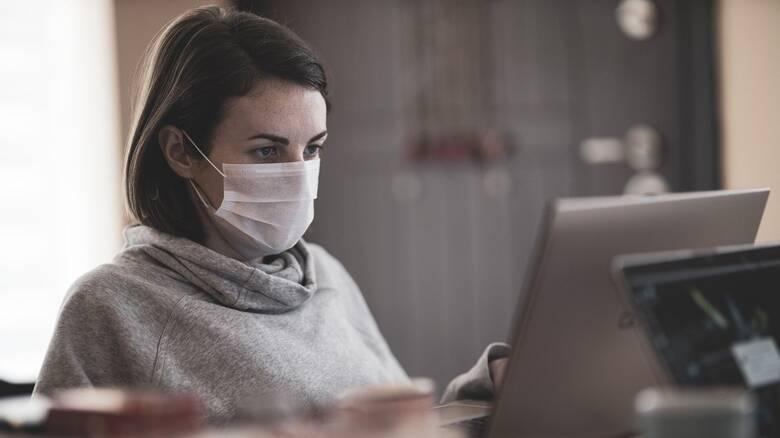 Κορωνοϊός: Η χρήση μάσκας είναι «γέφυρα» προς το εμβόλιο - Τι «δείχνει» γαλλική έρευνα