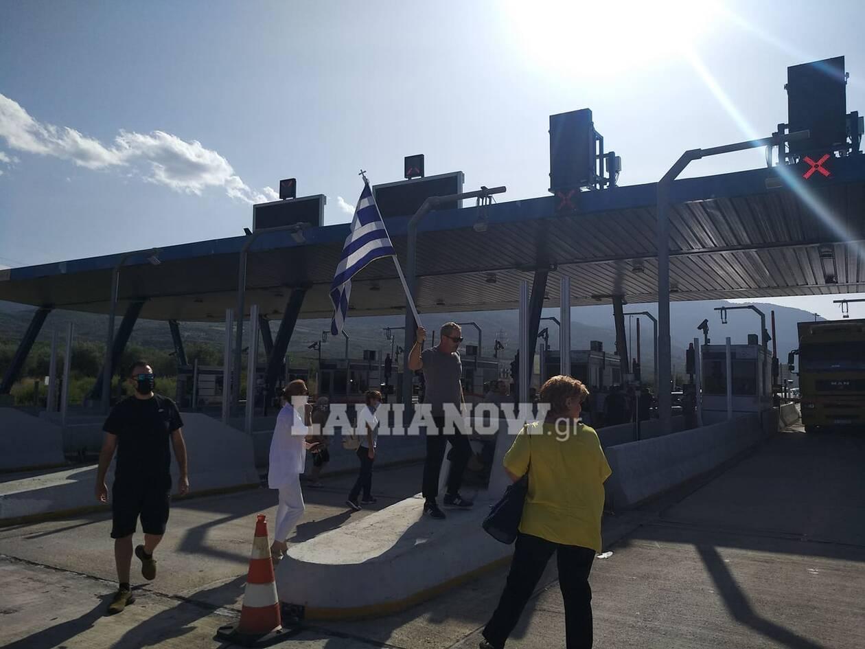 https://cdn.cnngreece.gr/media/news/2020/09/25/235853/photos/snapshot/kamena-vourla3.jpg