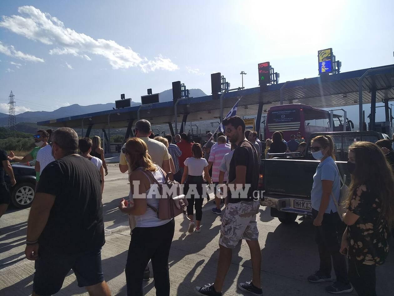 https://cdn.cnngreece.gr/media/news/2020/09/25/235853/photos/snapshot/kamena-vourla4.jpg