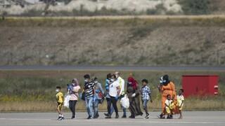 Spiegel: Η Γερμανία θα δώσει πάνω από 64 δισ. ευρώ για την αντιμετώπιση του προσφυγικού