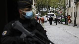 Παρίσι: Συλλήψεων συνέχεια μετά την επίθεση έξω από τα παλιά γραφεία του Charlie Hebdo
