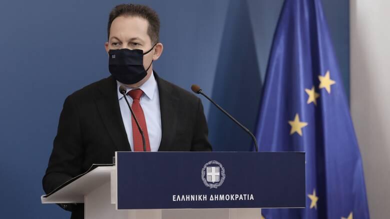 Πέτσας: Καμία ελληνική κυβέρνηση δεν συζητά την αποστρατιωτικοποίηση των νησιών