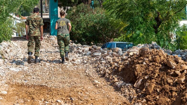 «Ιανός»: Συνδρομή του στρατού στην αποκατάσταση των περιοχών που επλήγησαν
