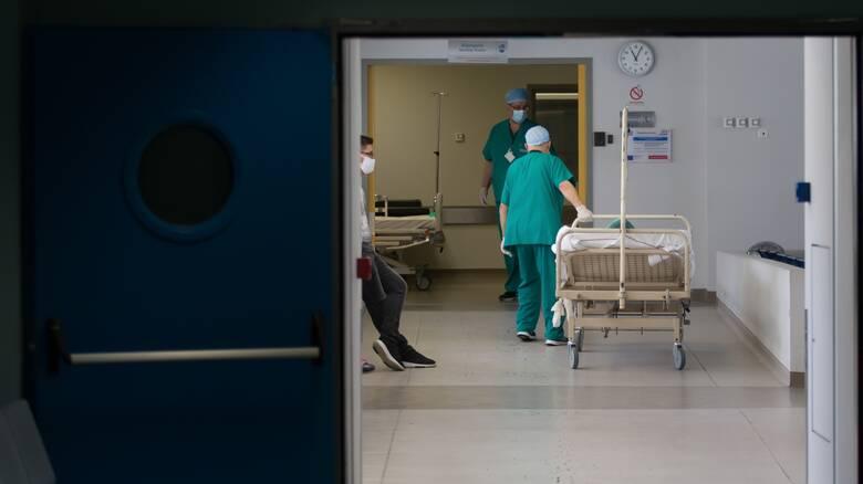 Κορωνοϊός: Και τρίτος νεκρός τις τελευταίες ώρες – Στους 374 οι θάνατοι στην Ελλάδα