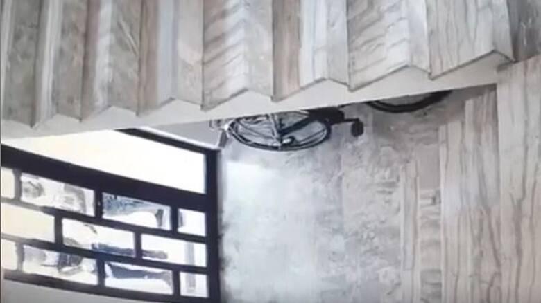Στα χέρια της ΕΛ.ΑΣ. οι «διαρρήκτες με τις κάλτσες» - Βίντεο ντοκουμέντο από τη δράση τους