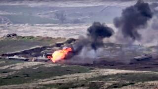 Αιματηρές συγκρούσεις στο Ναγκόρνο-Καραμπάχ: Καταγγελίες για εμπλοκή Τούρκων και Σύρων μισθοφόρων