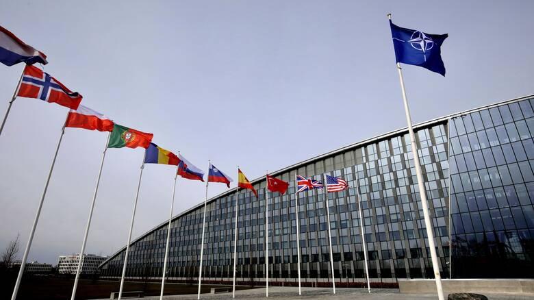 Σύρραξη στο Ναγκόρνο-Καραμπάχ - ΝΑΤΟ: Να σταματήσουν αμέσως οι συγκρούσεις