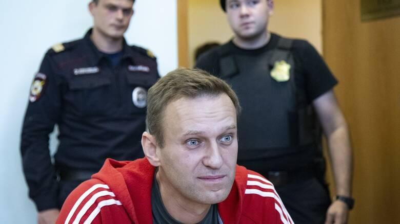 Spiegel: Η Μέρκελ επισκέφθηκε τον Ναβάλνι στο νοσοκομείο