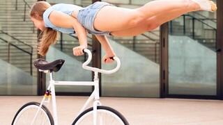 Γερμανία: Παγκόσμια πρωταθλήτρια «ποδηλατικού μπαλέτου» κόβει την ανάσα με τα κόλπα της
