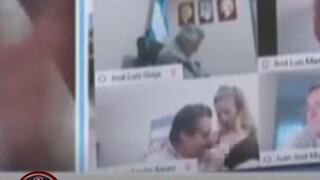 Βίντεο: Αργεντίνος βουλευτής φίλησε το στήθος της ερωμένης του κατά τη διάρκεια τηλεδιάσκεψης