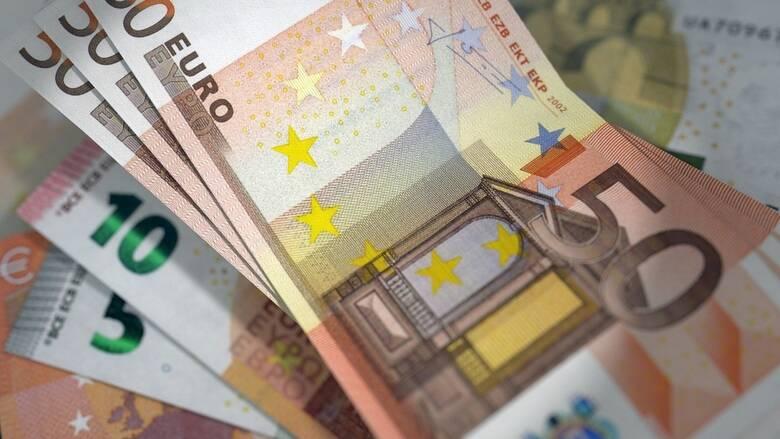 Ελβετία: Στα 3.800 ευρώ ο ελάχιστος μισθός με δημοψήφισμα