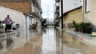Κακοκαιρία: Σφοδρές πλημμύρες σε Μεσολόγγι, Ναύπακτο και Πάτρα