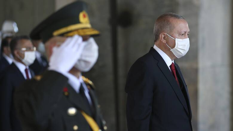 FT:  Πώς η ανάμιξη της Τουρκίας περιέπλεξε τη σύγκρουση στο Ναγκόρνο-Καραμπάχ