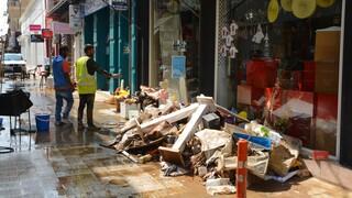Αυξάνεται συνεχώς η βοήθεια των δήμων Αττικής στους πληγέντες της Καρδίτσας