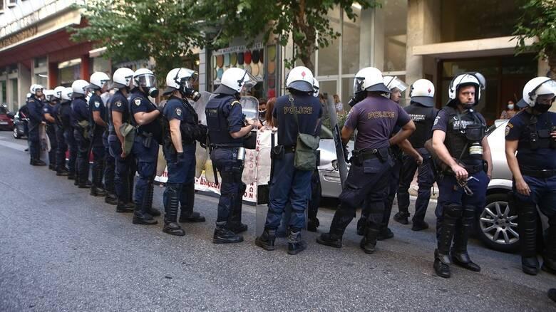 Αστυνομική βία καταγγέλλει ο πρόεδρος της ΠΟΕΔΗΝ