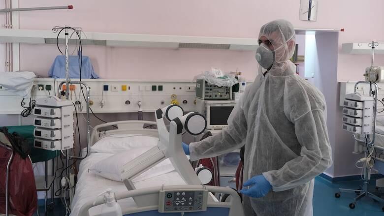 Κορωνοϊός: Κατέληξε στο Θριάσιο 58χρονος - Στους 390 οι νεκροί