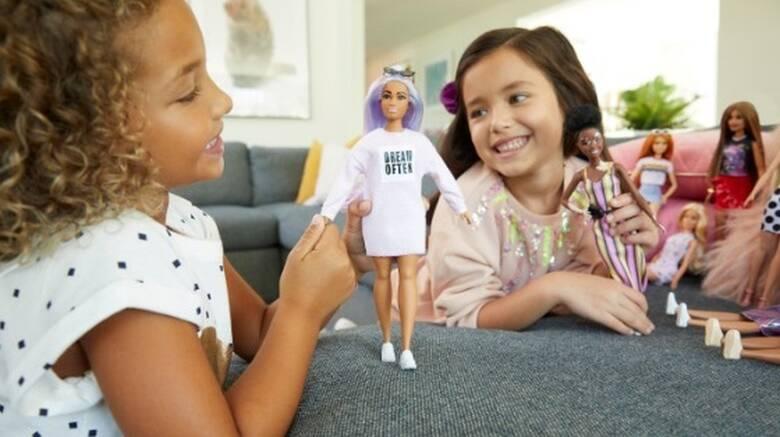 Επιστημονική Μελέτη: Το παιχνίδι με τη Barbie ευνοεί την ανάπτυξη της ενσυναίσθησης στα παιδιά