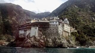 Κορωνοϊός: Αρνητικός πλέον ο 85χρονος μοναχός από το Άγιο Όρος