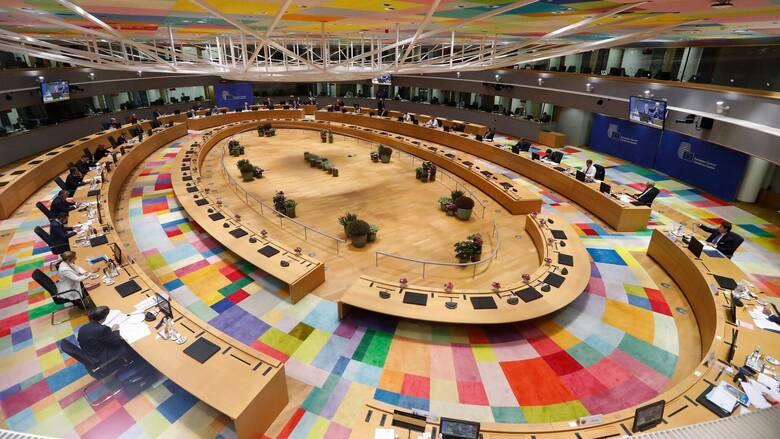 Θρίλερ στη Σύνοδο Κορυφής: Σβήνουν και γράφουν το προσχέδιο συμπερασμάτων