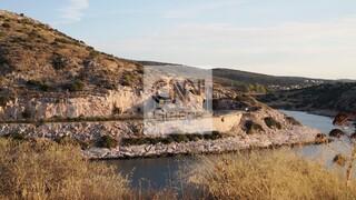 Το CNN Greece στις Τρύπες Καραμανλή: Κίνδυνος σοβαρού ατυχήματος - Εκτιμήσεις για ρωγμές