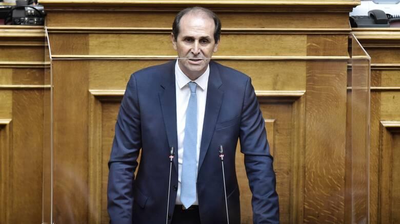 Βεσυρόπουλος: Ακατάσχετα και ανεκχώρητα τα αναδρομικά των συνταξιούχων