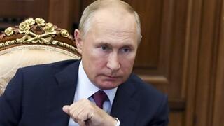 Κορωνοϊός: Ταχεία ανάρρωση στον Τραμπ και την Μελάνια εύχεται ο Πούτιν