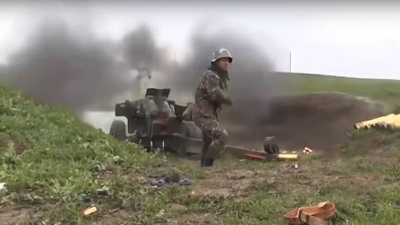 Ναγκόρνο - Καραμπάχ: Σκληρή απάντηση των Αζέρων μετά τις καταρρίψεις - Τραυματίστηκαν άμαχοι