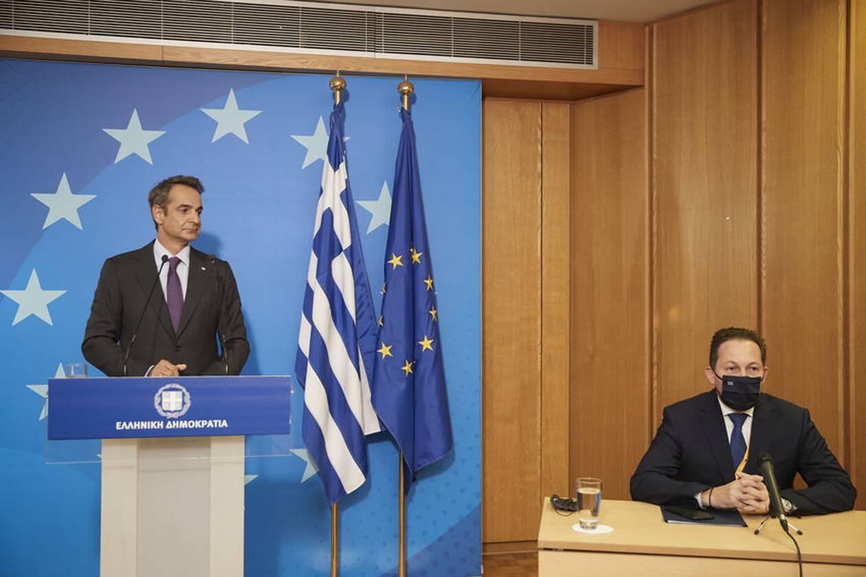 https://cdn.cnngreece.gr/media/news/2020/10/02/236826/photos/snapshot/mitsotakis-synodos3-64.jpg