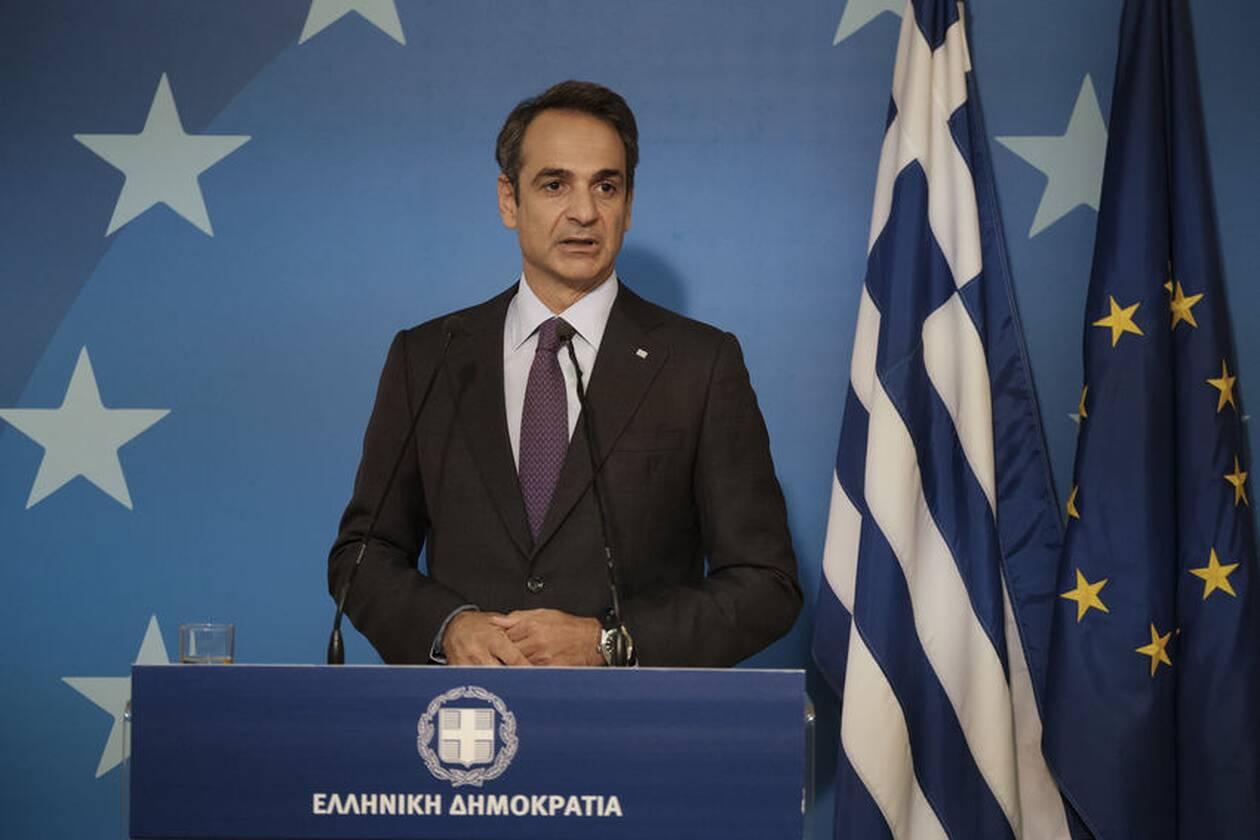 https://cdn.cnngreece.gr/media/news/2020/10/02/236826/photos/snapshot/mitsotakis-synodos5-20.jpg