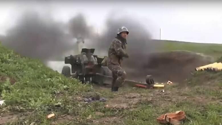 Ναγκόρνο-Καραμπάχ: Βομβαρδίστηκε η πρωτεύουσα - Νέες καταγγελίες για τους Σύρους μαχητές