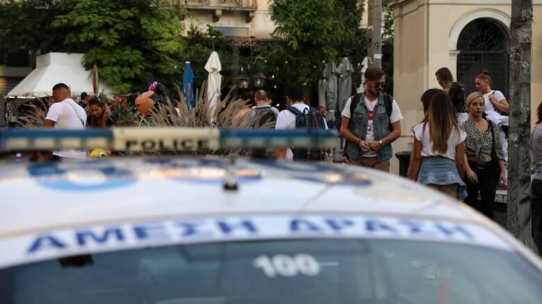 Κορωνοϊός: «Σαφάρι» ελέγχων σε πλατείες - Σε εφαρμογή ειδικό σχέδιο της ΕΛΑΣ