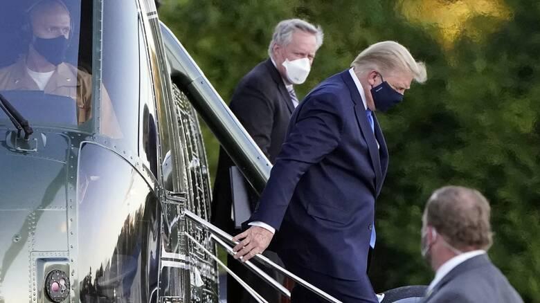Κορωνοϊός: Σε στρατιωτικό νοσοκομείο ο Τραμπ – Το μήνυμά του
