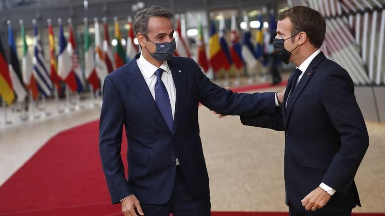 Το «εκρηκτικό» παρασκήνιο και ο ρόλος Μακρόν: Τι κέρδισε η Ελλάδα από τη Σύνοδο Κορυφής