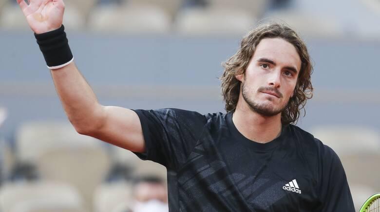 Roland Garros: Στους «16» ο Τσιτσιπάς - Εγκατέλειψε ο αντίπαλός του