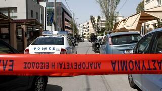 Επίθεση στα γραφεία του Πρώτου Θέματος - Συνθήματα για τον 42χρονο συλληφθέντα στο Κουκάκι