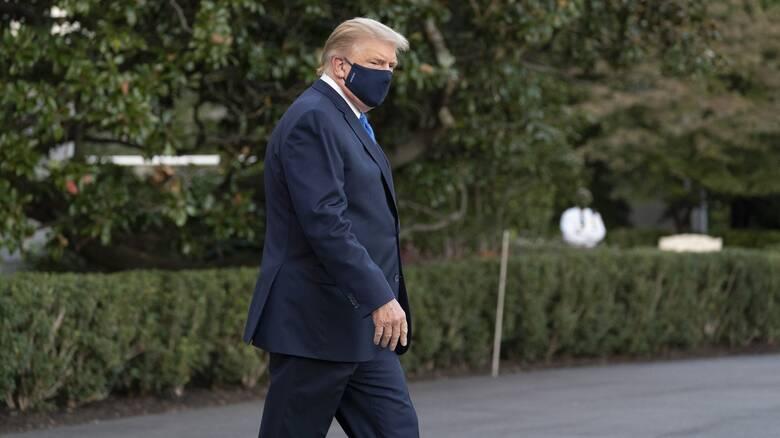 Κορωνοϊός: «Κρίσιμες οι επόμενες 48 ώρες» για την υγεία του Τραμπ