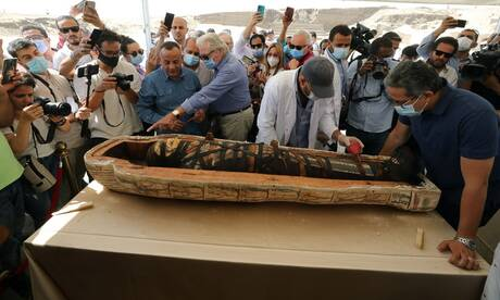 Αίγυπτος: Ανακαλύφθηκαν 59 καλά διατηρημένες φαραωνικές σαρκοφάγοι