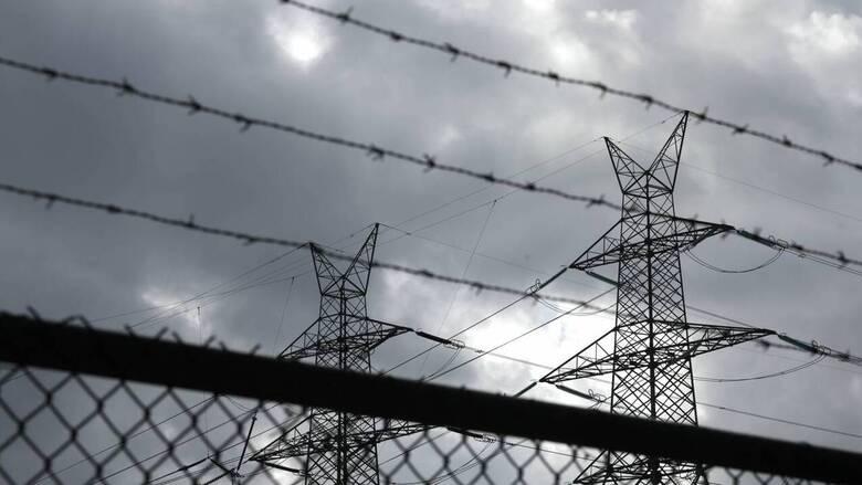 ΥΠΕΝ: Έρχεται σειρά μέτρων για το κόστος της ενέργειας στην ελληνική βιομηχανία