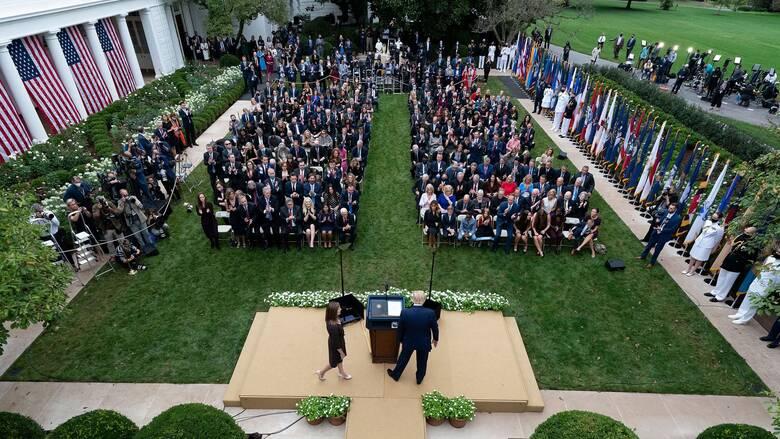 Επίσημη παραδοχή: Αυτή ήταν η εκδήλωση που «έβαλε» τον κορωνοϊό στο Λευκό Οίκο