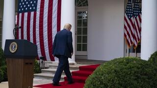 Κορωνοϊός: Αγώνας δρόμου για επιστροφή του Τραμπ στον Λευκό Οίκο