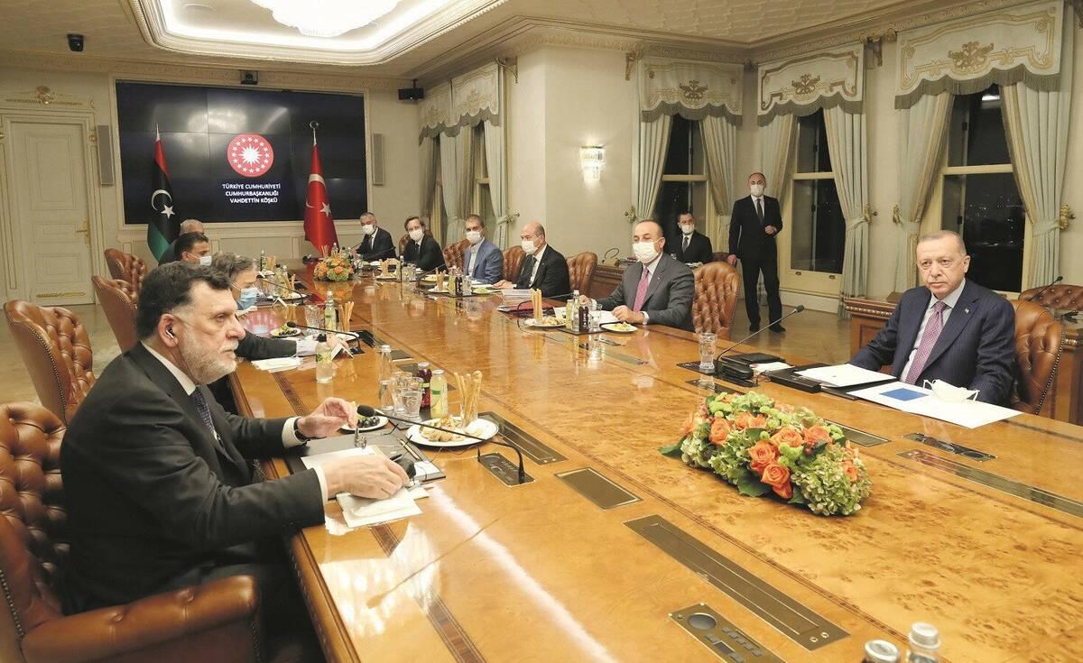 Συνάντηση Ερντογάν - Φάρατζ στην Κωνσταντινούπολη