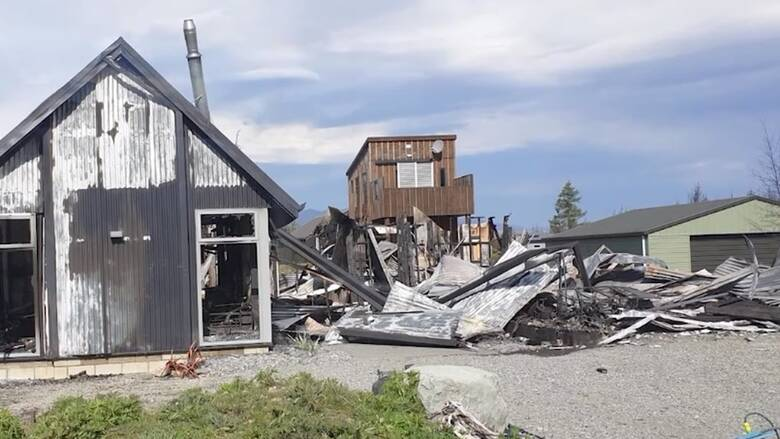 Νέα Ζηλανδία: Φωτιά σάρωσε χωριό και κατέστρεψε δεκάδες σπίτια